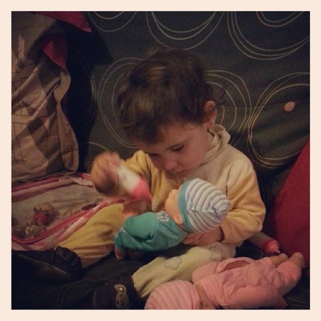♡ depuis 16h, néné est l'heureuse maman de jumeaux. ♡ #baby #bebe #noel #ourlittlefamily #france