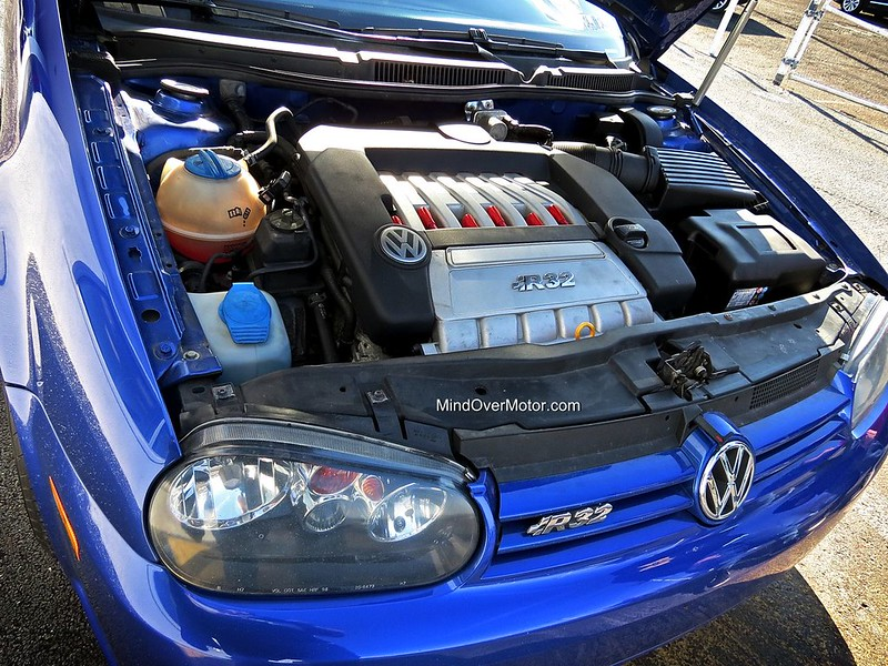 2004 volkswagen mk4 golf r32 used car review mind over motor. Black Bedroom Furniture Sets. Home Design Ideas