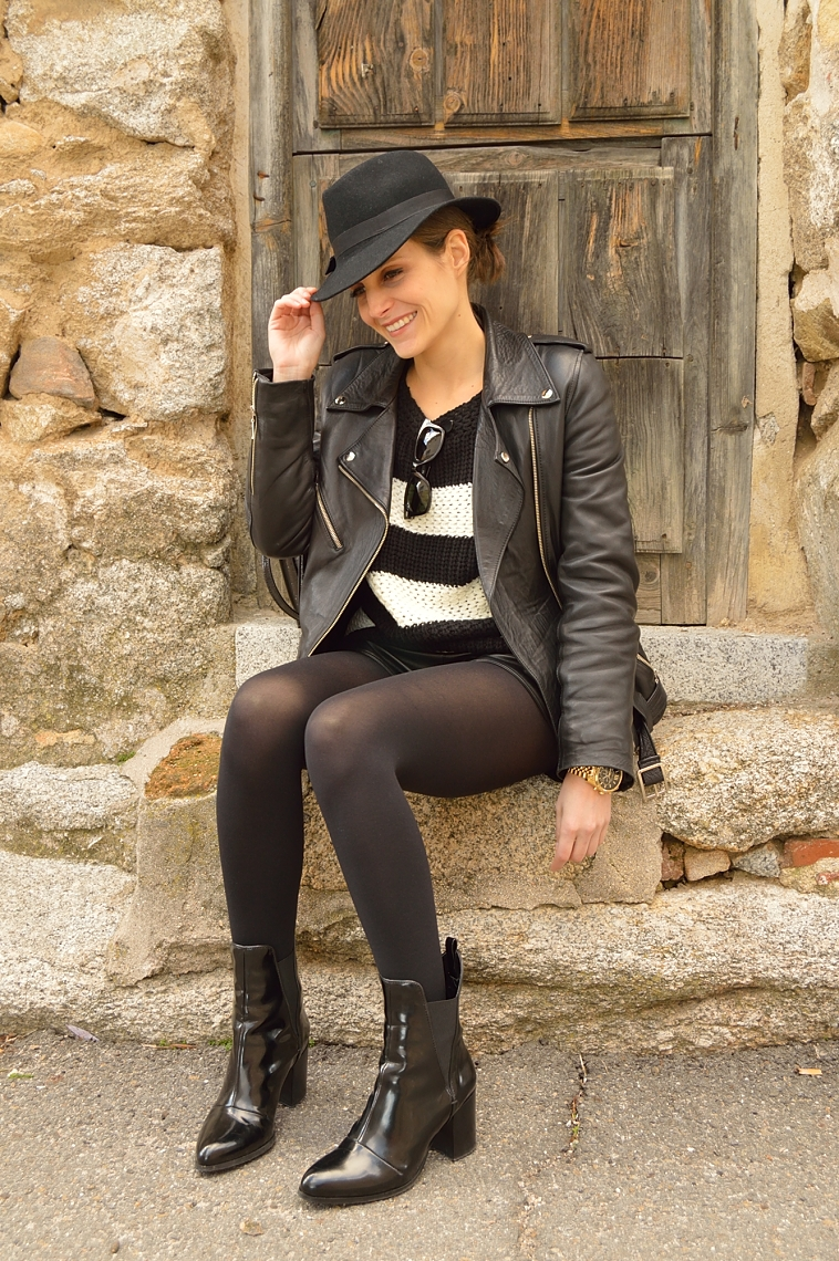 lara-vazquez-madlula-blog-biker-leather-jacket-black-on-black