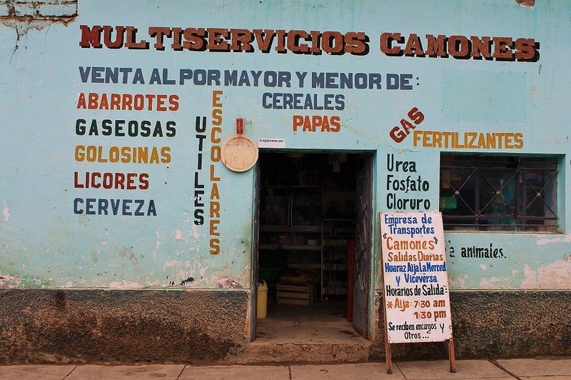 A standard Peruvian shop, in Aija