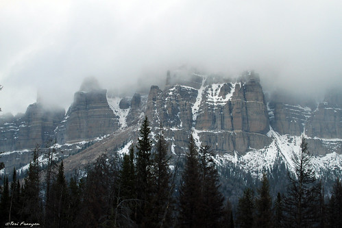 Pinnacle Buttes by Flickr User: Teri Franzen