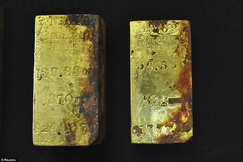 2 Central America gold bars April 2014