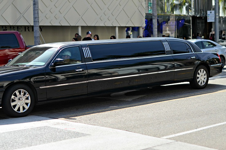 DSC_1024 Limo on rodeo drive