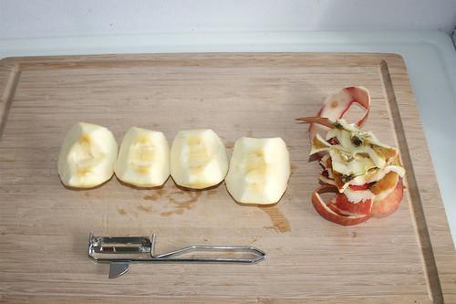 13 - Apfel schälen / Peel apple