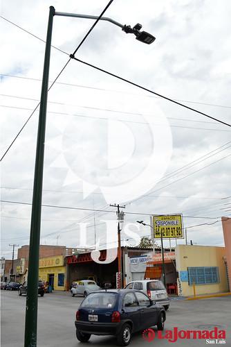 Alumbrado Público en Pedro Moreno. Foto: César Rivera