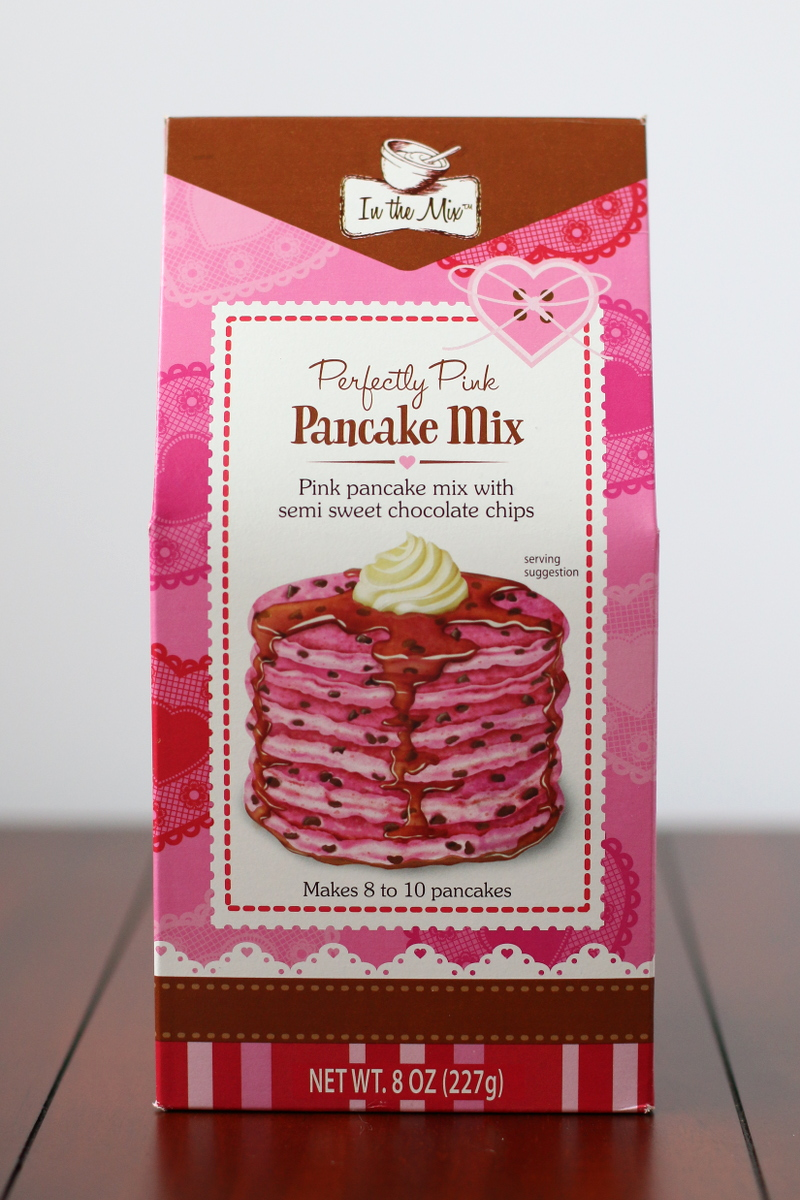 Perfectly Pink Pancakes for Valentines Day on Styleanthropy