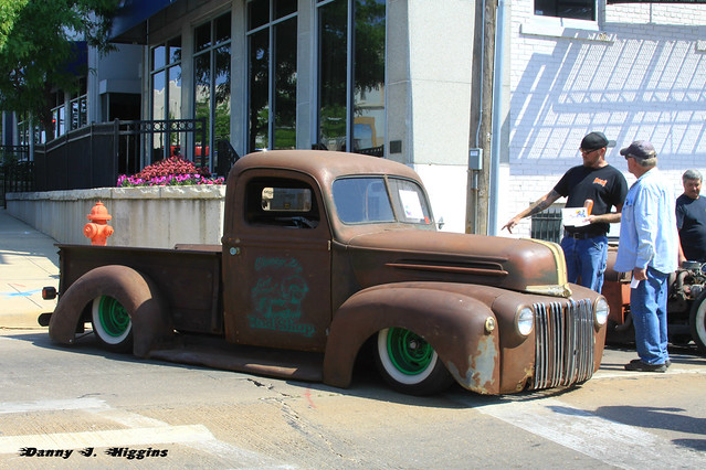 Main Street Car Show.  Sterling, Illinois.  May 2016.  A24