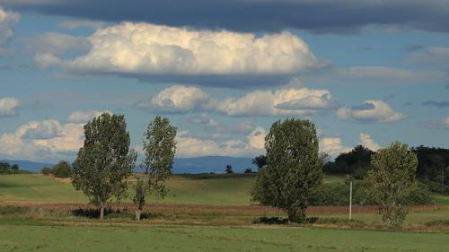 clouds canon eos hungary sunday sunny 90mm voigtländer mente magyarország egy f35 felhők tető galga szép kékes apolanthar vasárnap 700d slii északiközéphegység
