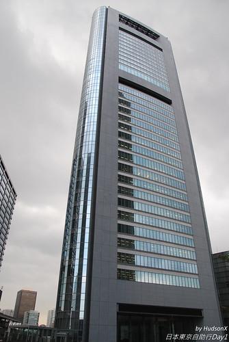 旅館就在這棟大樓