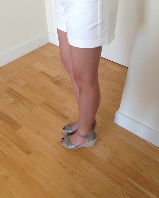 Adrienne Vittadini Vee Wedge Sandal
