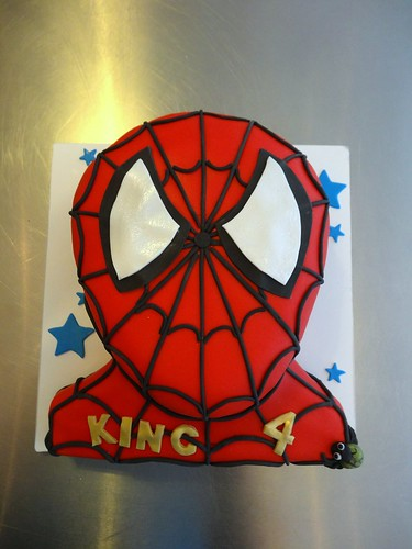 2D Spiderman Face Cake by CAKE Amsterdam - Cakes by ZOBOT
