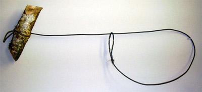 Lazo con nudo corredizo, para caza furtiva. Autor, Jose Juan Taboada