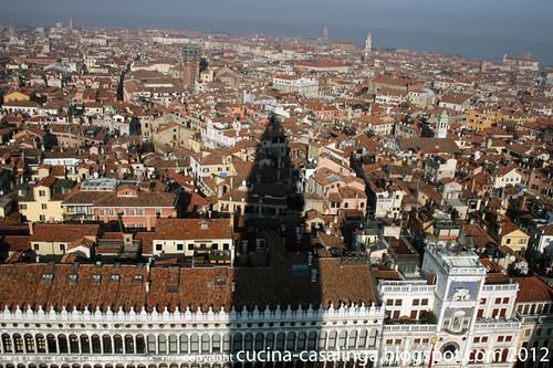 Blick Campanile Venedig