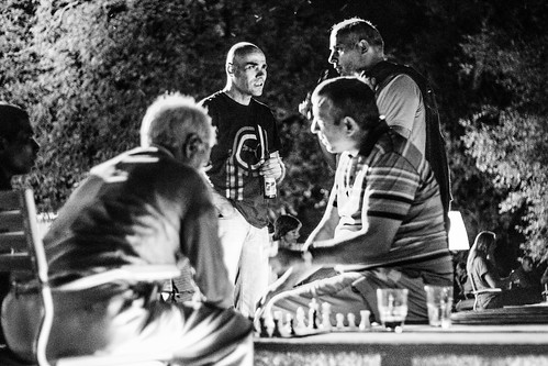 Playing chess by Davide Restivo