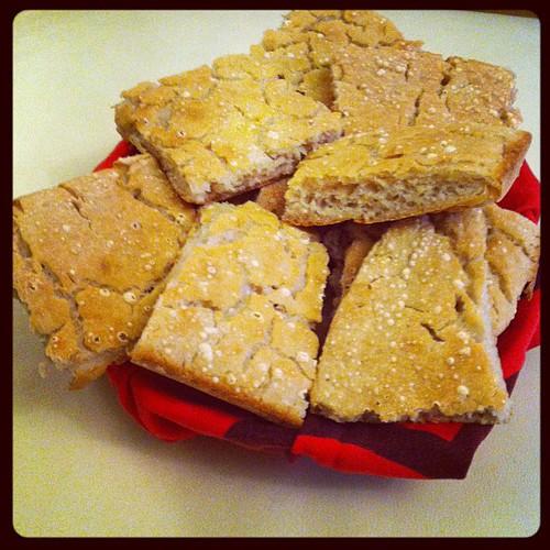 My experiments with gluten free bread:) I miei esperimenti con il pane senza glutine:)