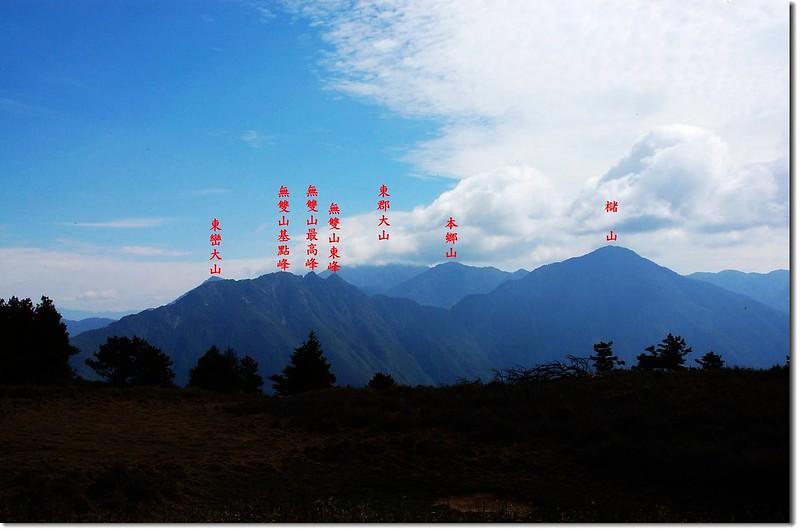 南三段群峰(盆駒山東北望) 2