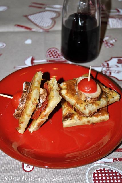 Torrette di farinata, mozzarelline di bufala affumicate e salsiccia piccante (3)