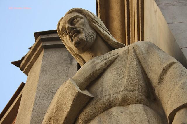 Sagrado Corazón, Exterior de la Iglesia del Cristo de Medinaceli. Plaza de Jesús. Madrid
