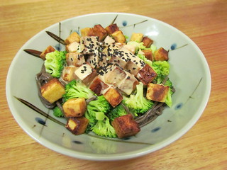 Sesame Soba with Tofu and Broccoli