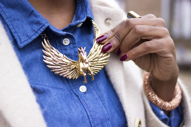 topshop pegasus collar necklace flying horse necklace