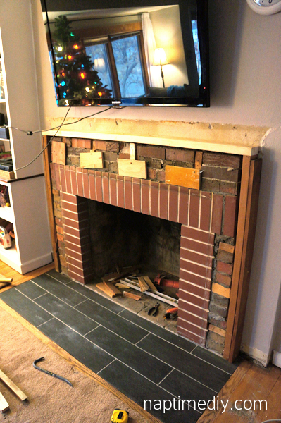 Fireplace Mantel Build 1 (via NaptimeDIY.com)