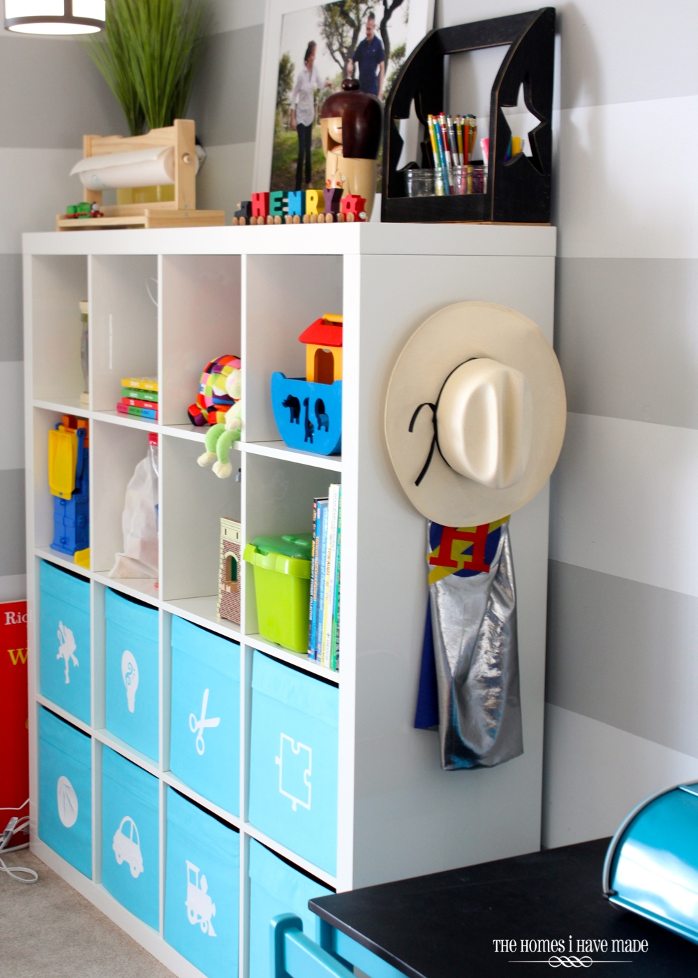 Expedit in the Playroom-006
