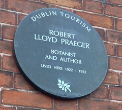 Photo of Robert Lloyd Praeger brown plaque