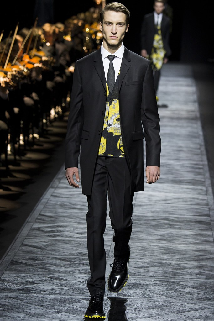 FW15 Paris Dior Homme042_Tim Dibble(VOGUE)