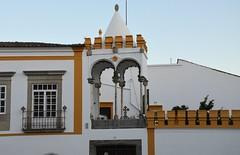 Évora, Largo da Porta de Moura & Igreja do Carmo