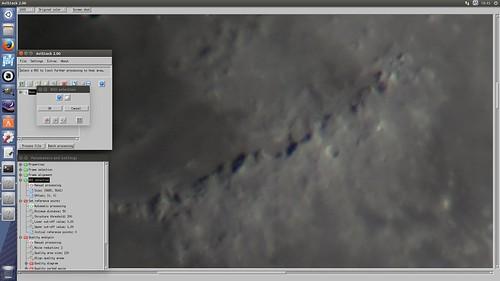 AviStack2_SS_(2014_09_22)_3 ROI SelectionのウィンドウとParameters and Settingsのウィンドウが表示されているスクリーンショット画像。