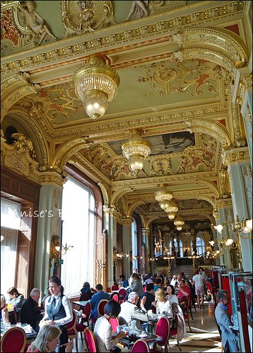 世界最漂亮咖啡館New York Cafe006