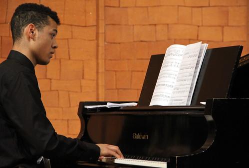DAVID JOHNSON HUIDOBRO, PIANO - CONCIERTOS PREMIOS EXTRAORDINARIOS 2012 ENSEÑANZAS PROFESIONALES DE MÚSICA - LEÓN 10 DE MAYO´13