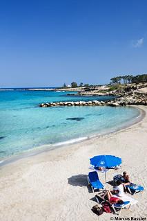 beachParalimni