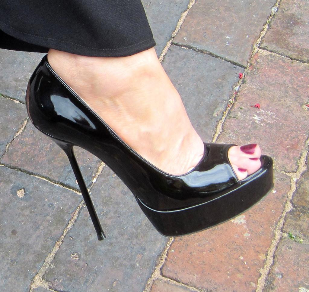 1499fcb2629 RoSa Shoes Black Patent High Stiletto Heel Open-Toe Court Shoe