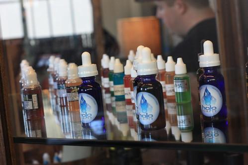 Arômes pour cigarettes électroniques - lindsay-fox / Flickr CC.