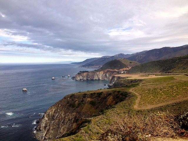 bixby bridge along highway 1