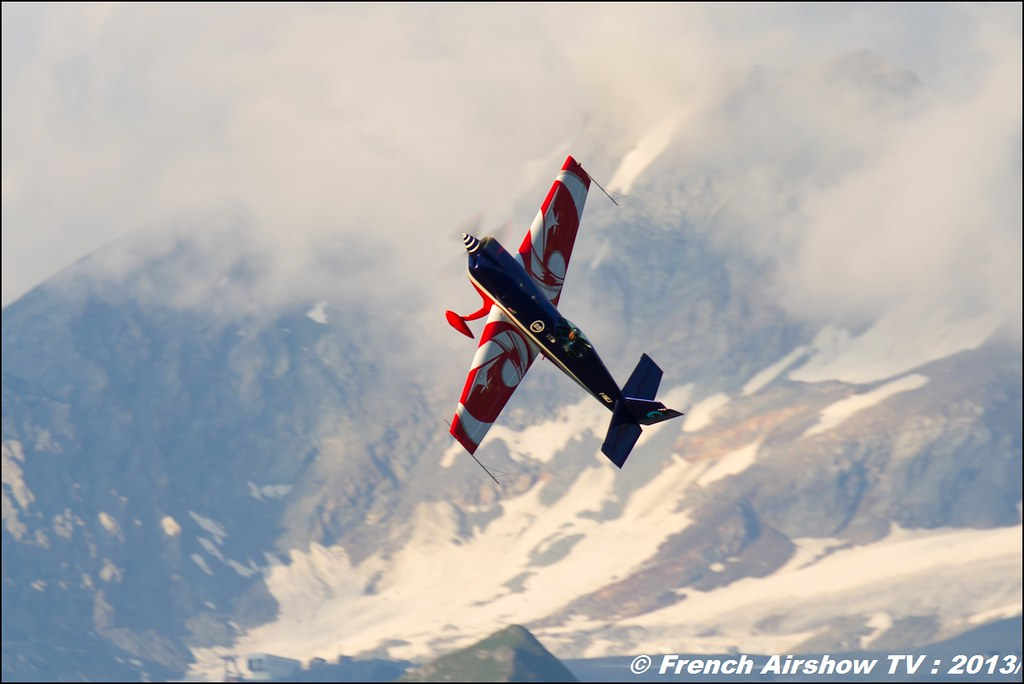 EVAA Extra 330SC,Fete de l'air,Courchevel Saut à Ski 2013