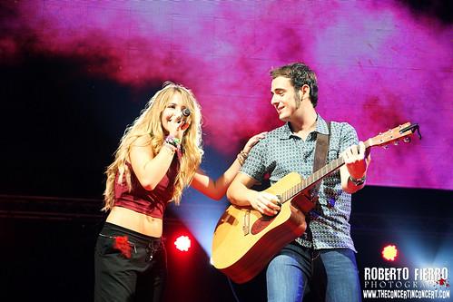 Lucia Gil - @CocaColaMusicExperience2013