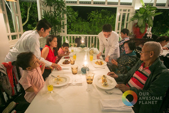 Dining at Antonio's Tagaytay, the Best Restaurant in the Philippines!