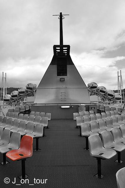 Take a seat    GJC_011903