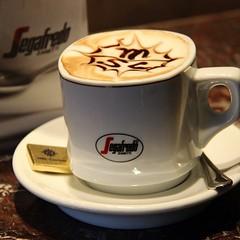 espresso, cappuccino, cup, cup, mocaccino, drinkware, coffee milk, caf㩠au lait, coffee, ristretto, coffee cup, caff㨠macchiato, caff㨠americano, drink, latte, caffeine,