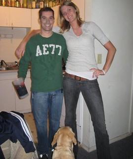 Midget men to date taller women