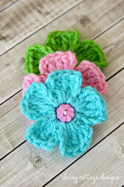 Crochet Small Daisy Flower Pattern : Free Crochet Patterns {Simple Daisy Crochet Pattern ...