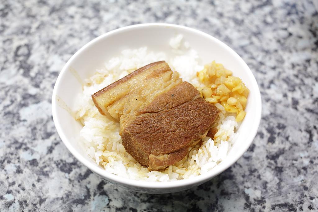 20140110萬華-阿財虱目魚、魯肉飯 (11)