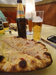 Garlic Naan with Cobra and Strongbow
