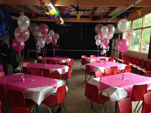 Tafeldecoratie 3ballonnen Wit Fuchsia Transparant met Harten AOP