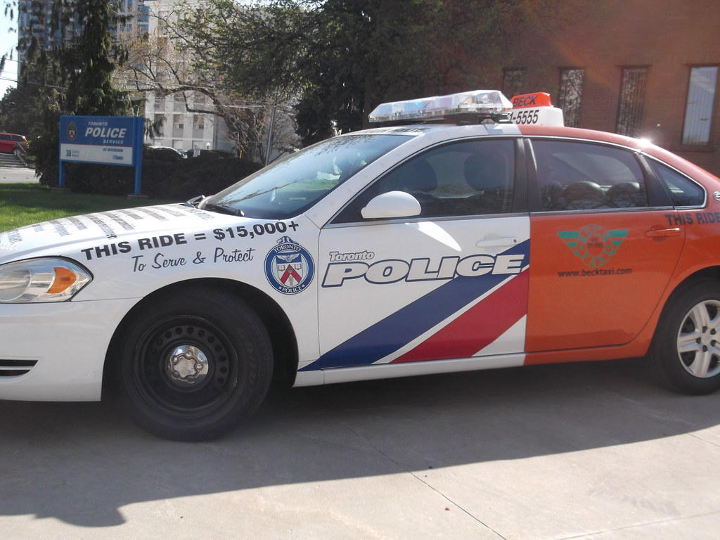 how to call the police in toronto