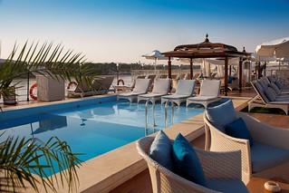 luxury-cruise-Egypt-SunBoatIV-03.jpg