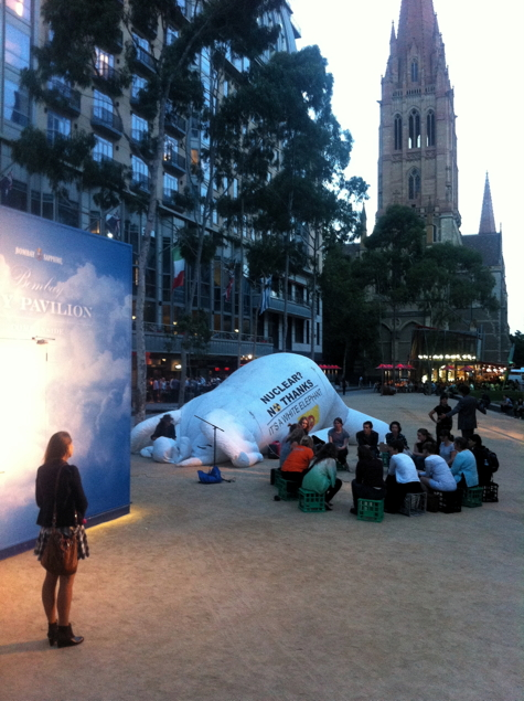 OccFri #13: Tardis + deflating white elephant