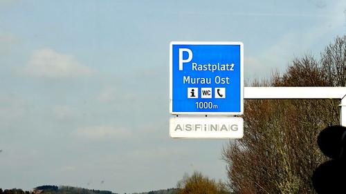 Die Geschäftsgeheimnisse wurden am Rastplatz Murnau Ost in Östereich verraten so das man sich zumindest Gedanken darüber machen sollte 03479_1